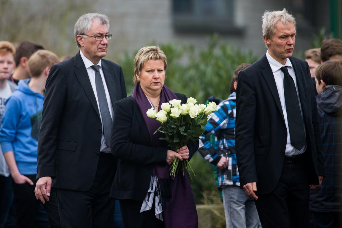 Zemská ministryně školství Silvia Löhrmannová dorazila do gymnázia v Halternu am See