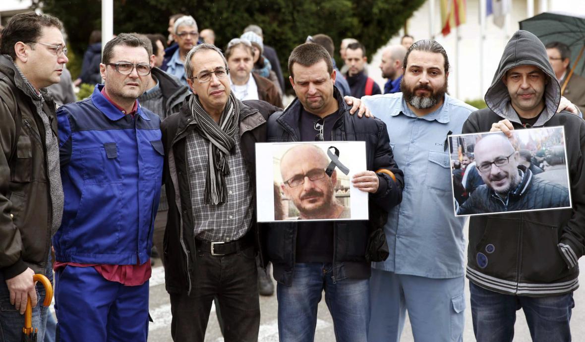Zaměstnanci z firmy Delphi v Barceloně si připomněli dva své kolegy, kteří zahynuli v letadle