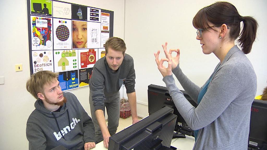 Tlumočení do znakového jazyka