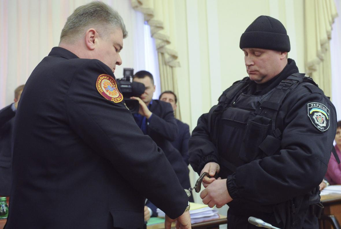 Zatýkání během zasedání ukrajinské vlády