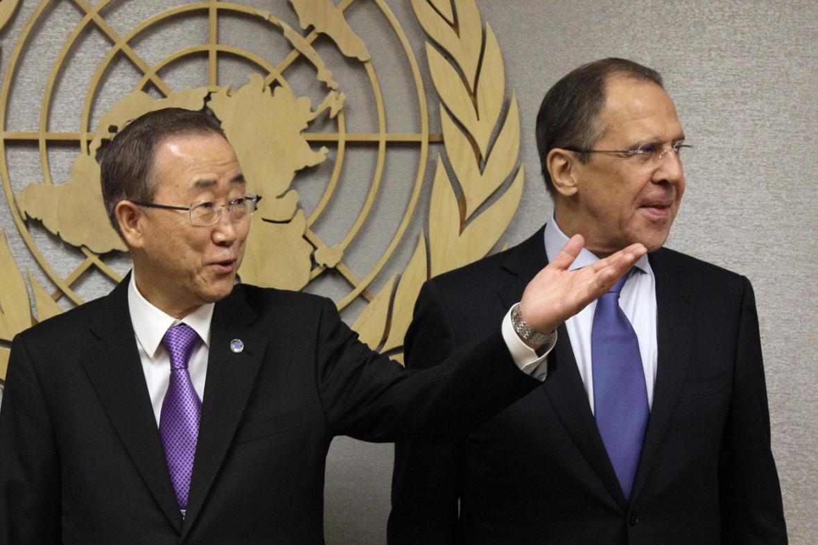 Pan Ki-mun a Sergej Lavrov