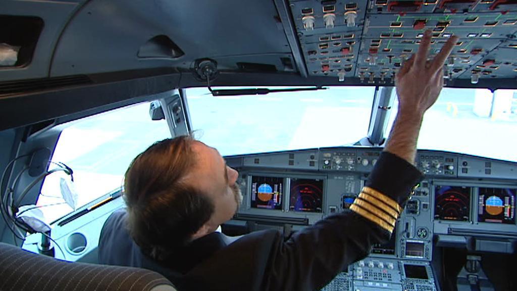Po nahození systémů následuje i venkovní prohlídka letadla