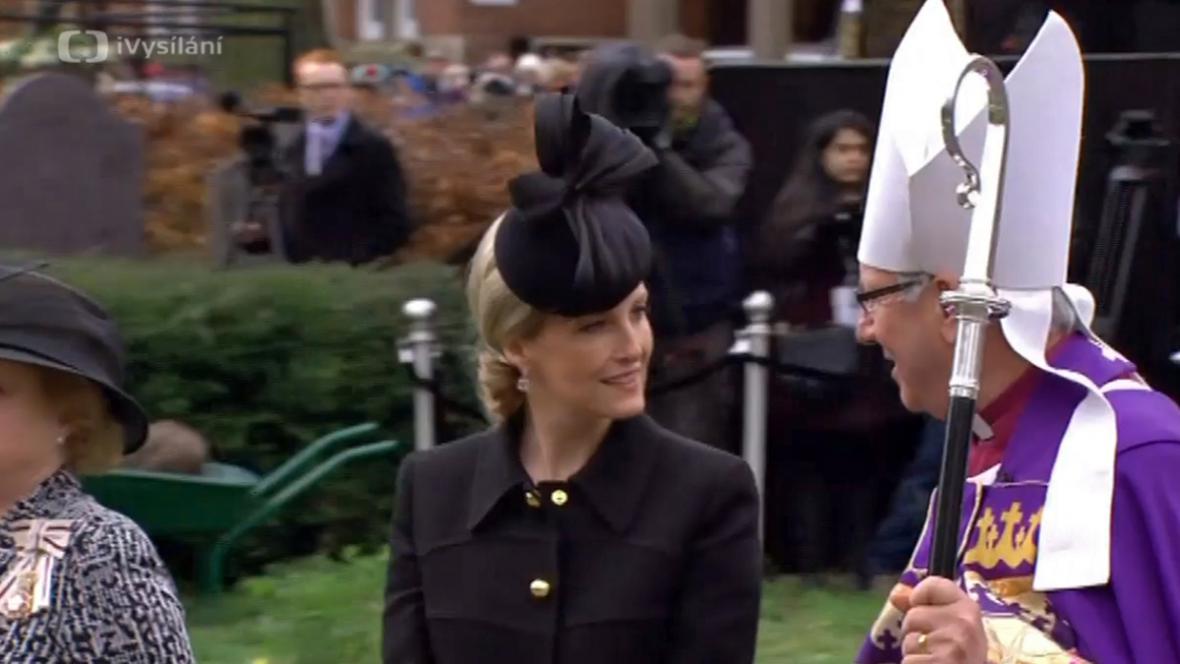 Královskou rodinu na pohřbu Richarda lll. zastupuje hraběnka z Wessexu