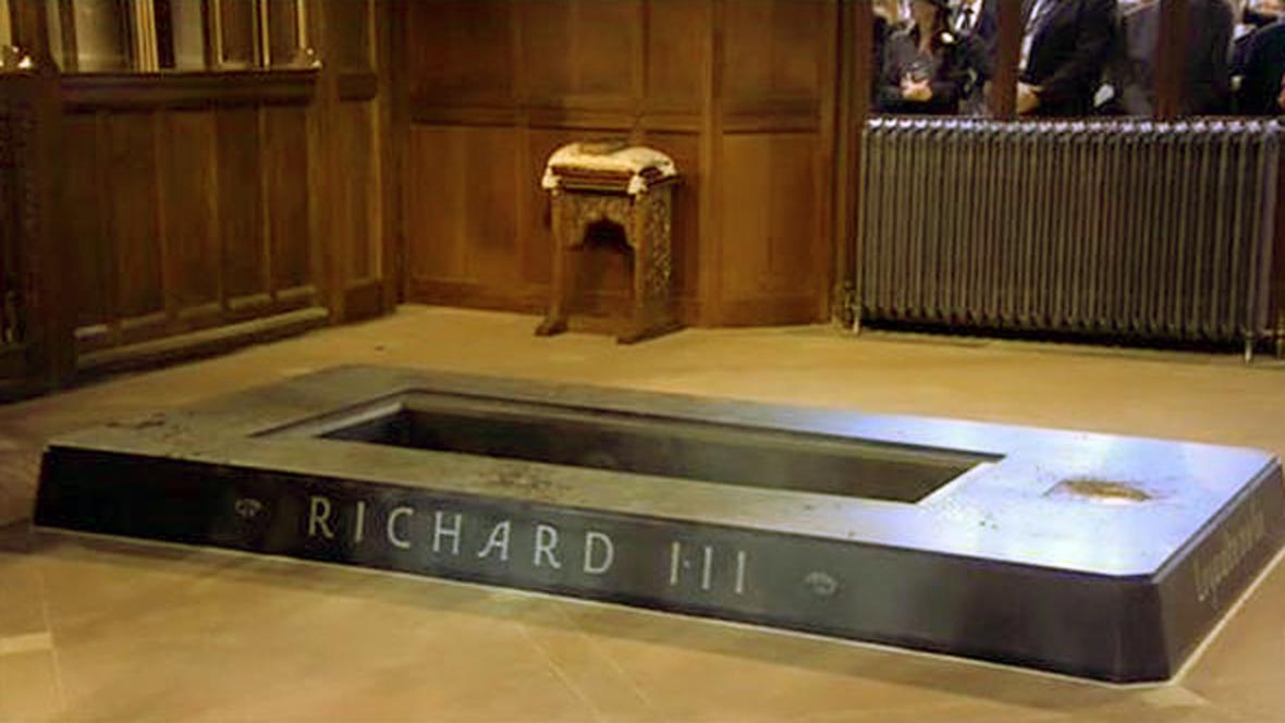 Hrobka Richarda lll. v katedrále v Leicesteru