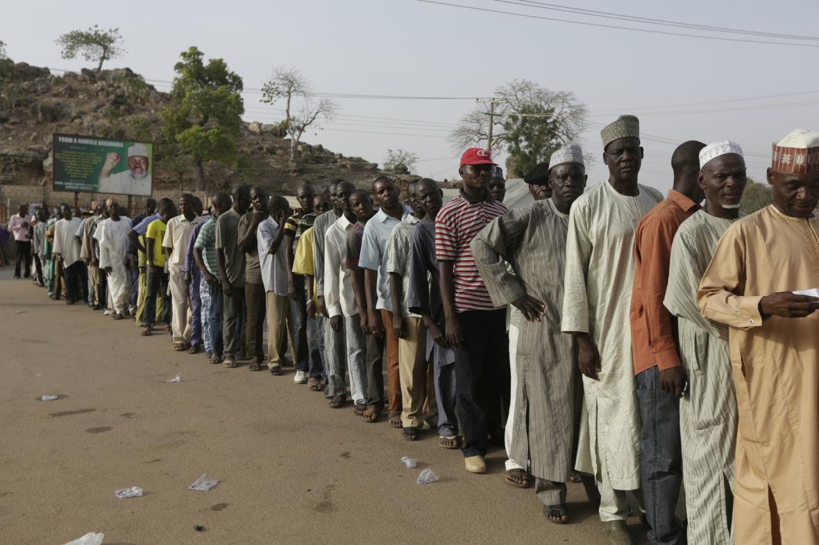 Prezidentské volby v Nigérii provází ohromný zájem voličů