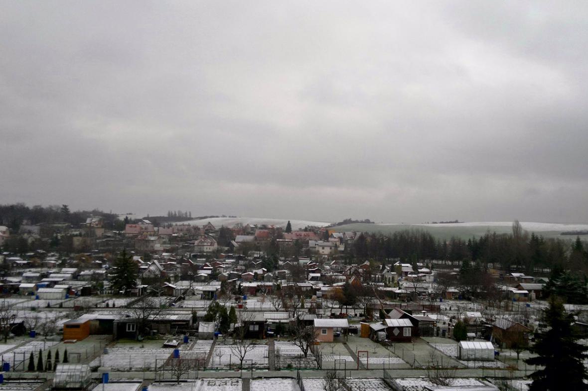 Déšť se sněhem v nižších polohách