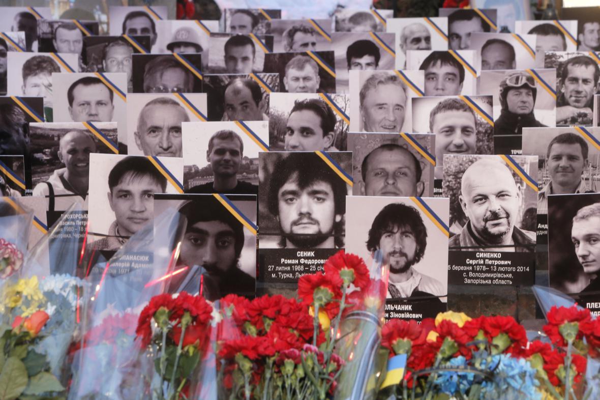 Tváře obětí loňských událostí na Majdanu