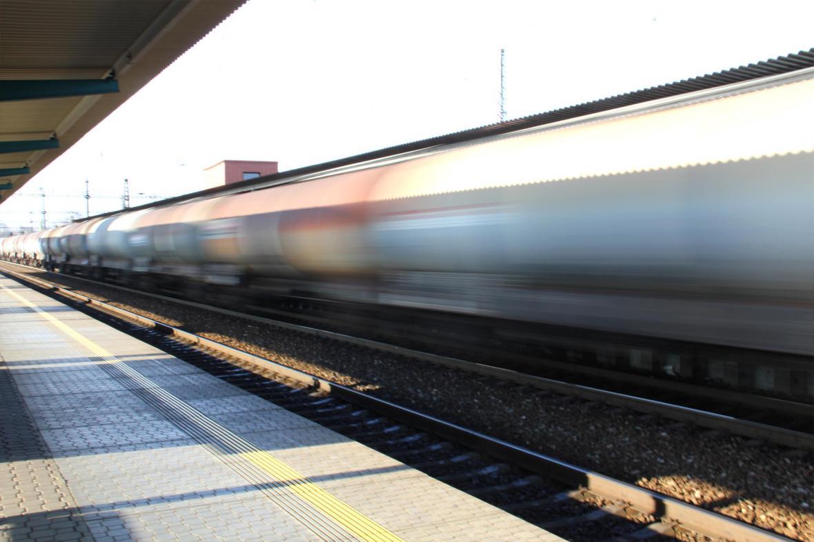 Nákladní vlak