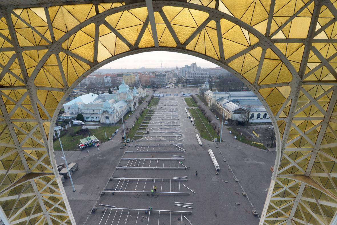 Pohled z Průmyslového paláce