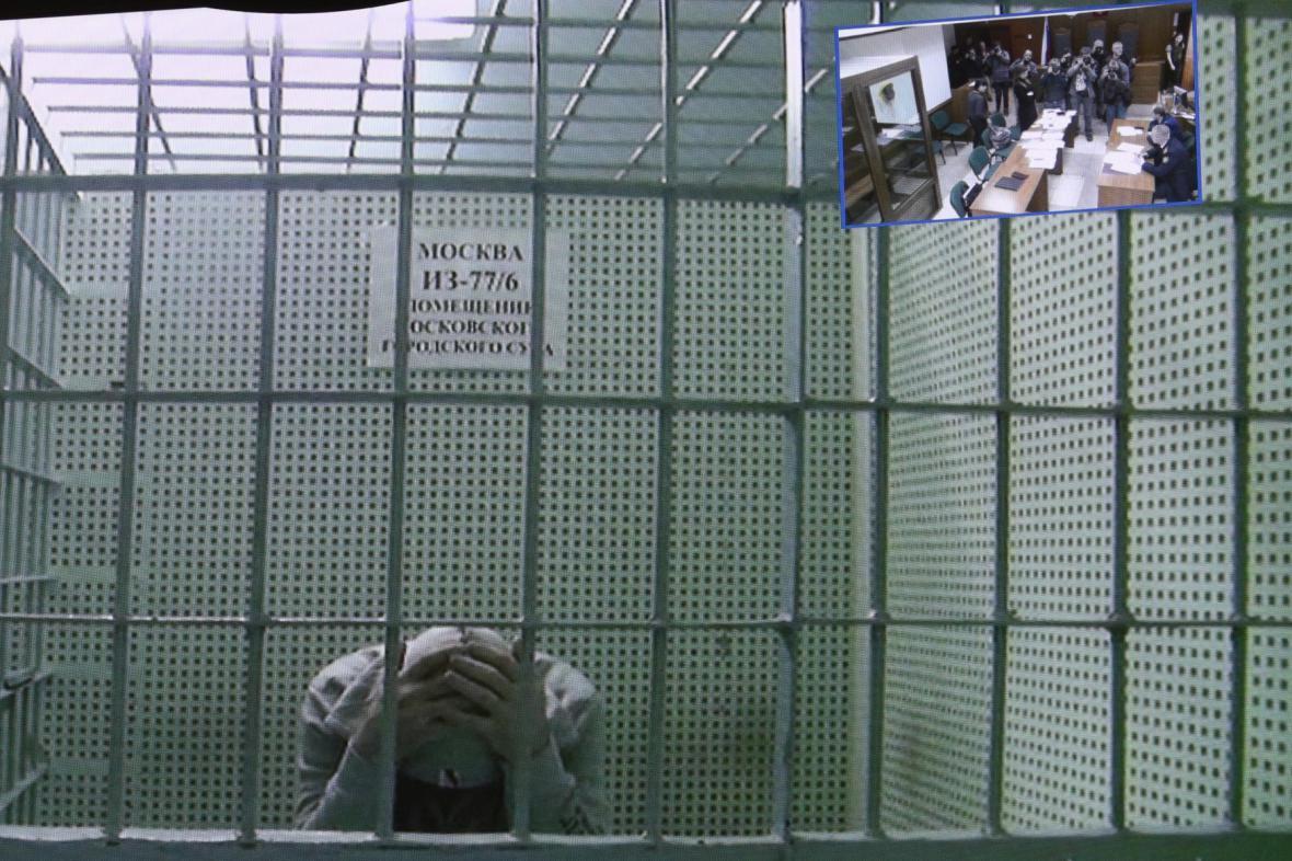 Soud s údajnými vrahy Němcova