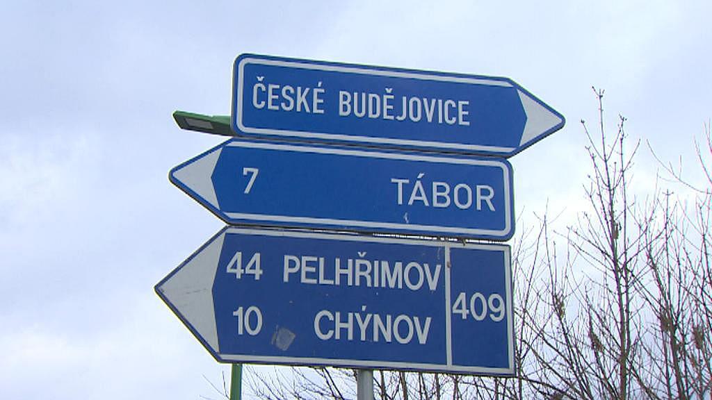 Planá nad Lužnicí - místní vědí, že lépe je jet na Budějovice doleva