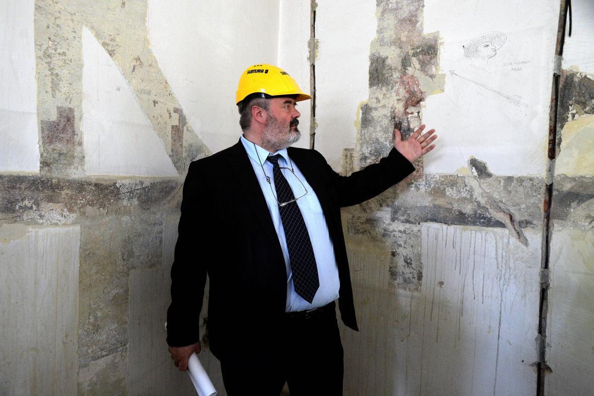 Odkryté fresky v Klementinu