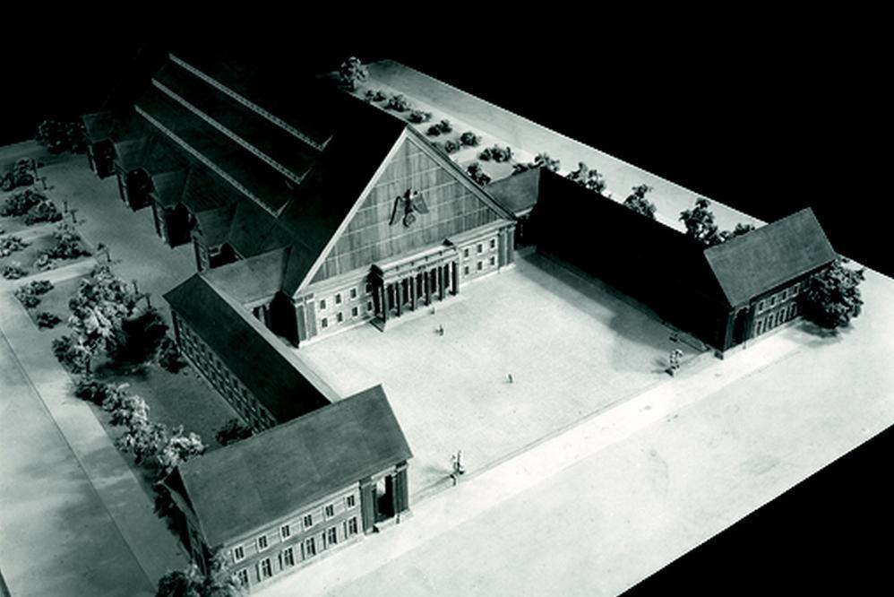 Model národního domu v Pratru od Hannse Dustmanna, 1942