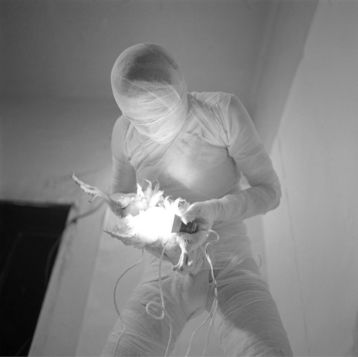 Rudolf Schwarzkögler / Tři akce s lidským tělem, 1965