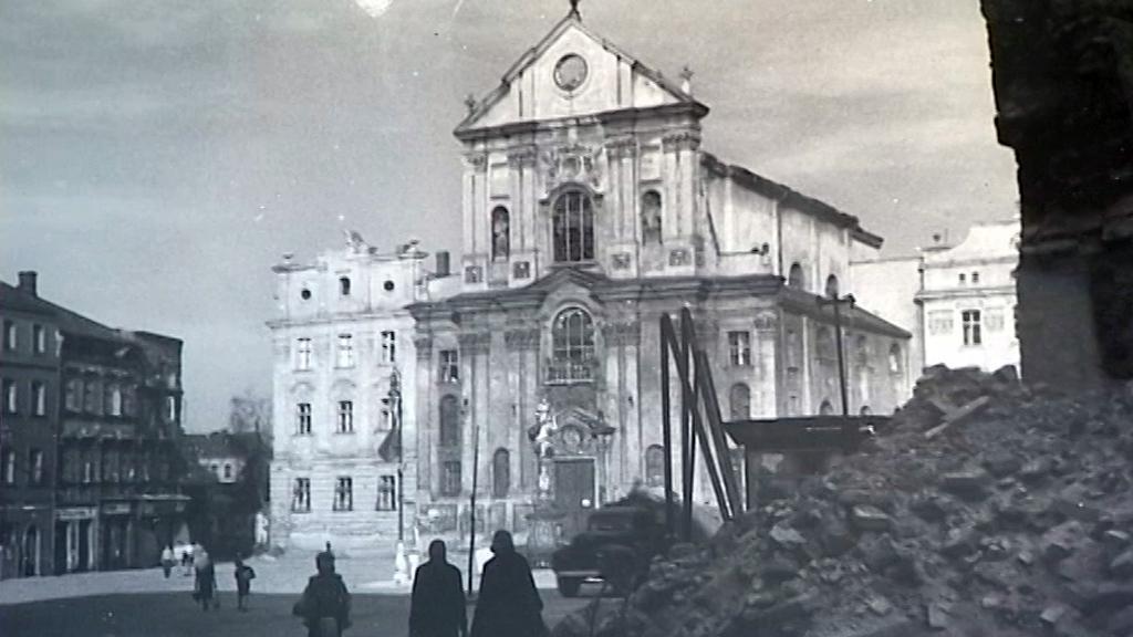 Výstava historických fotografií z osvobozování Opavy