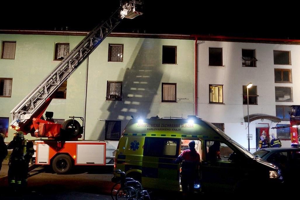 Požár ubytovny v Ostrově