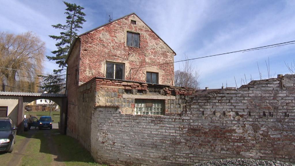 Budova bývalé pošty v Chodském Újezdu