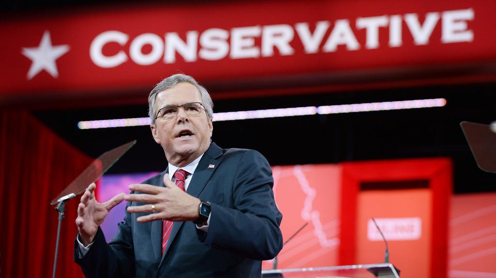 Člen slavné rodiny Jeb Bush chce navázat na své příbuzné z řad republikánů
