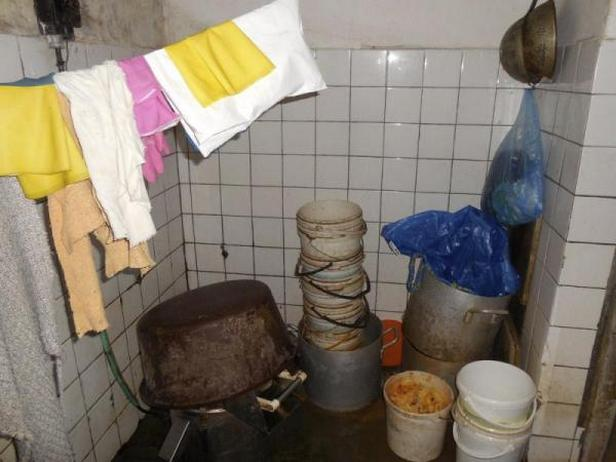 V jídelně Pod Branou v Prachaticích našla inspekce závažné hygienické nedostatky