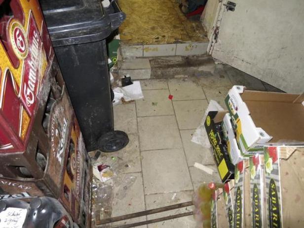 Sklad prodejny potravin v Jindřichově Hradci