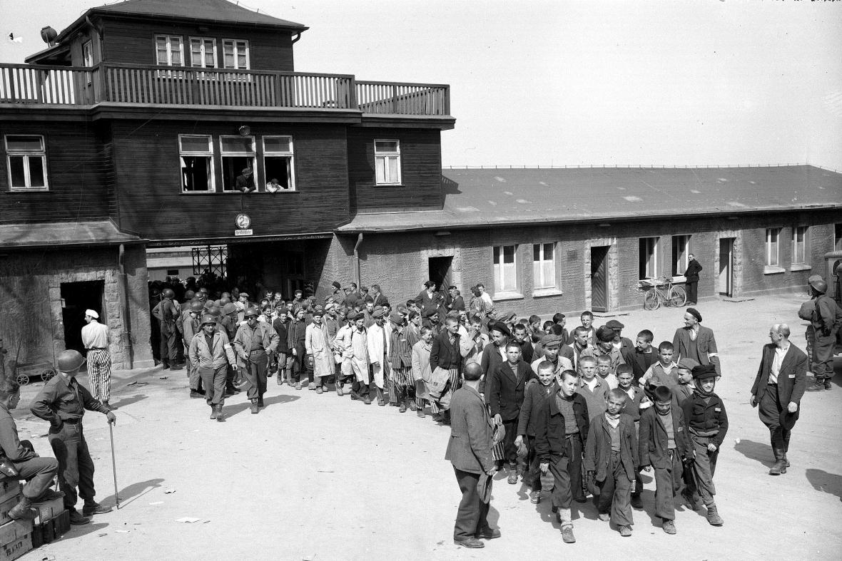 Osvobození Buchenwaldu v dubnu 1945