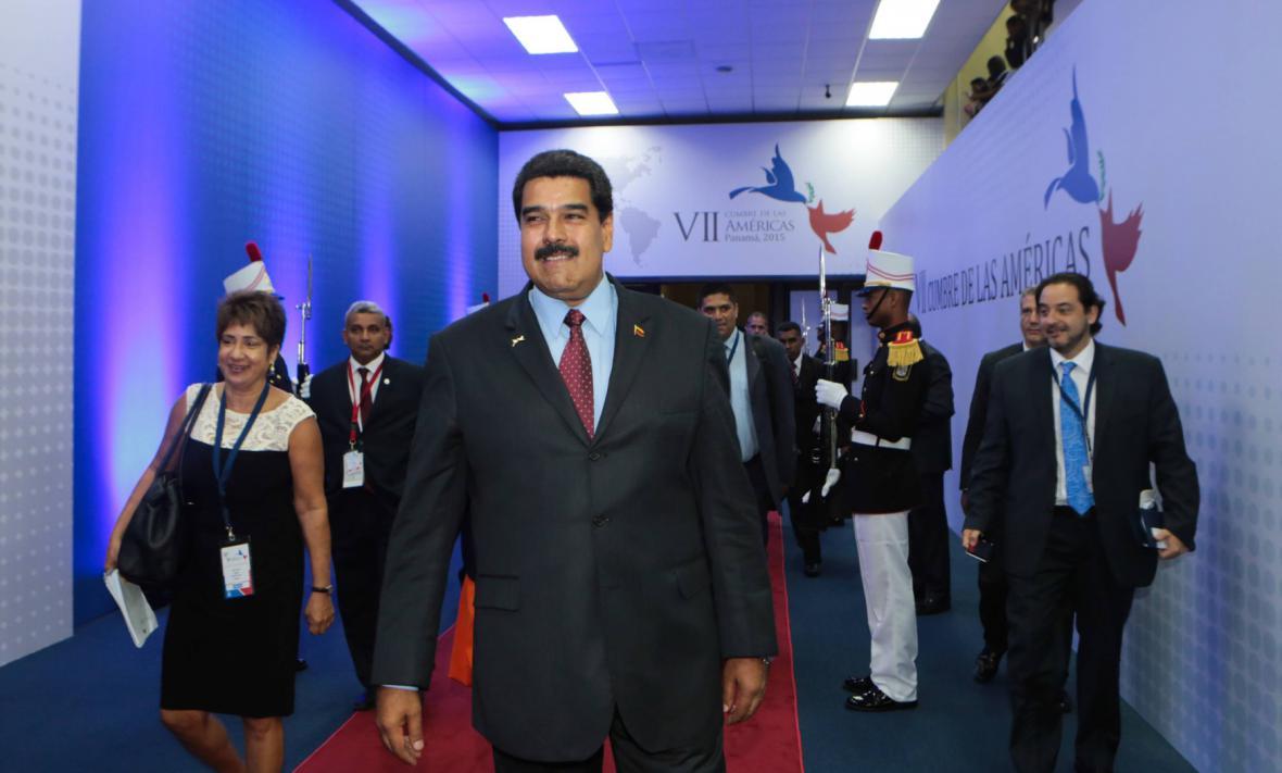 Prezident Venezuely Nicolas Maduro před zahájením summitu v Panamě