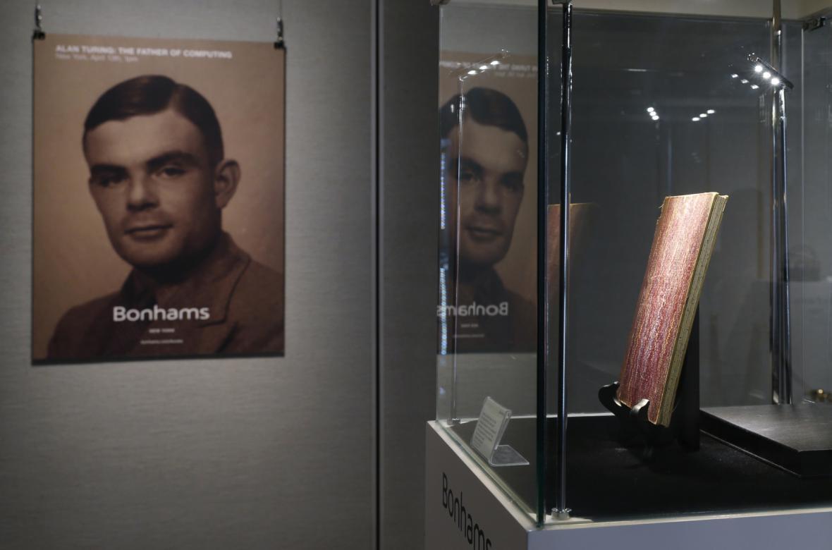 Originální Turingův zápisník půjde zanedlouho do aukce