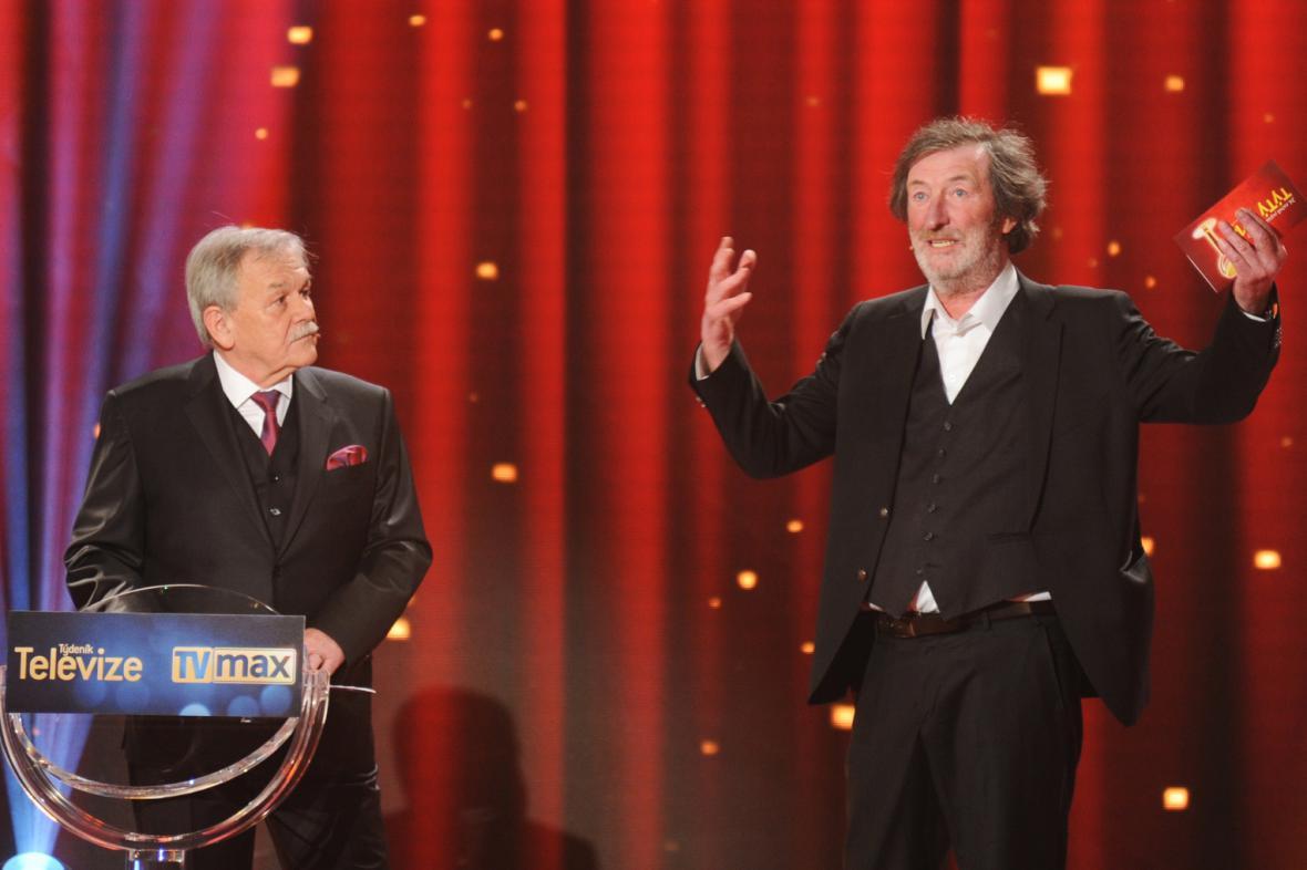 TýTý 2014: Bolek Polívka předává cenu pro Karla Šípa (osobnost televizní zábavy)