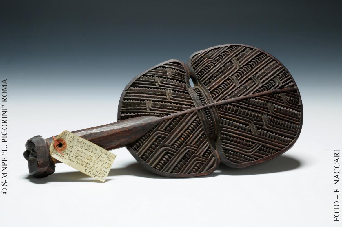 Wahaika - nůž z Nového Zélandu, 1887