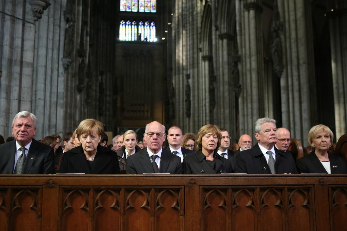 Vzpomínkové akce se zúčastnila také Angela Merkelová a Joachim Gauck
