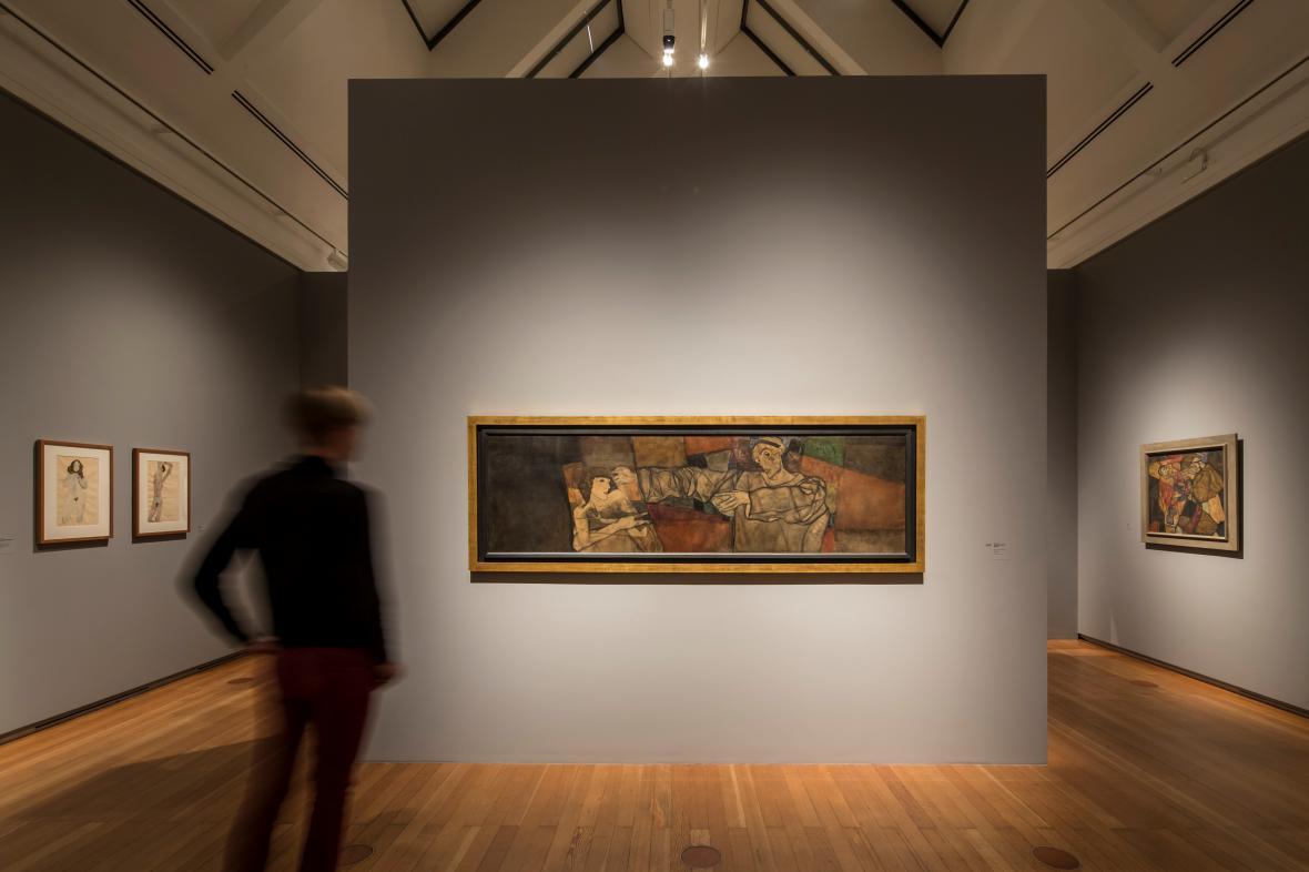 Z výstavy
