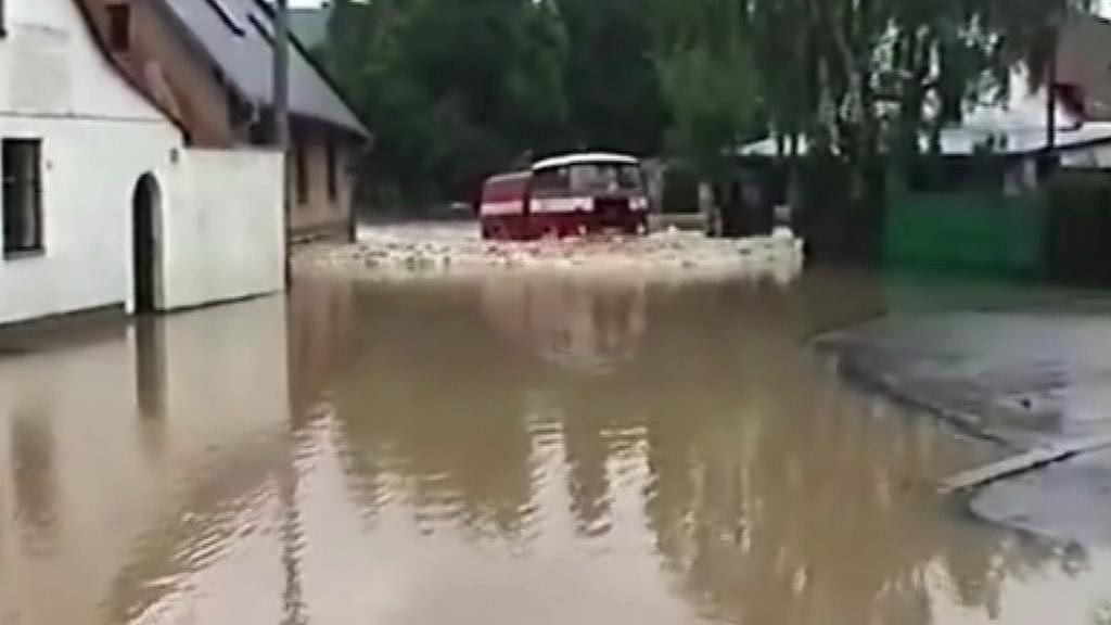 Povodeň v Rokycanech - archivní záběr