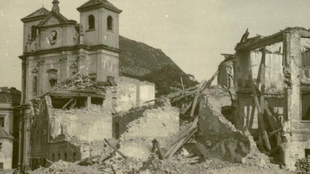 Ústí nad Labem po náletu v dubnu 1945