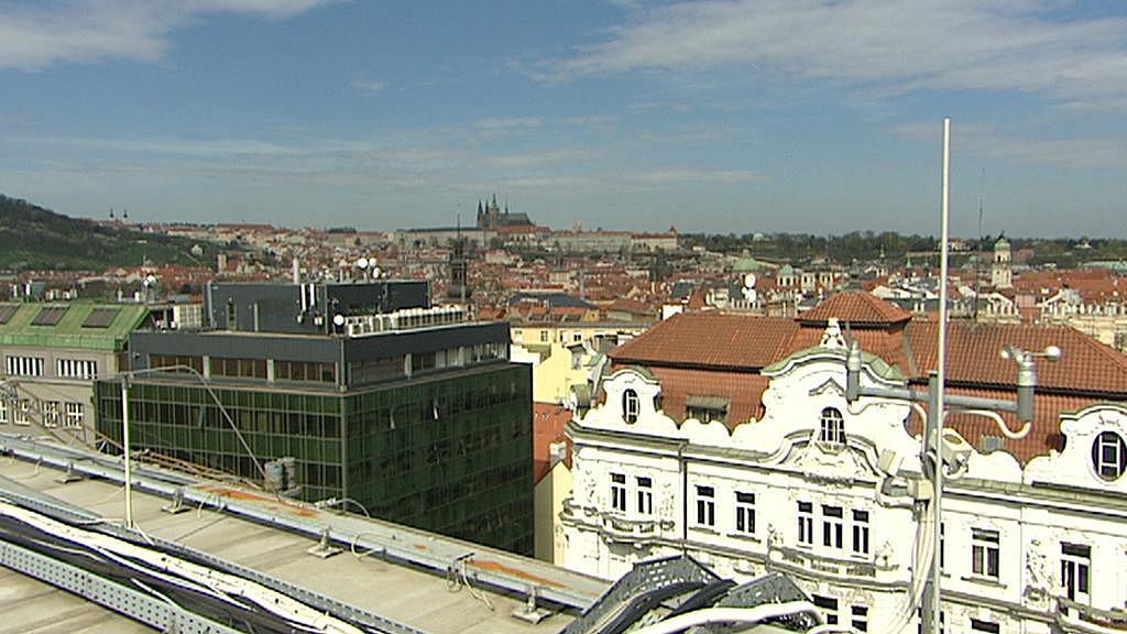 Pohled ze střechy obchodního domu