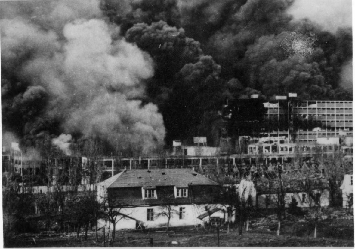 Bombardování Baťových závodů americkým letectvem 20. 11. 1944