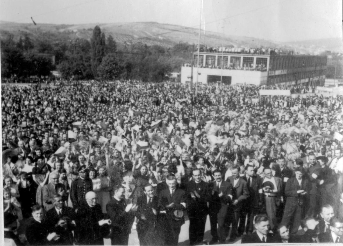 Oslava osvobození Zlína (1945)