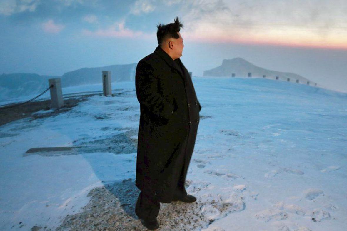 Kim Čong-un na vrcholu hory Pektu