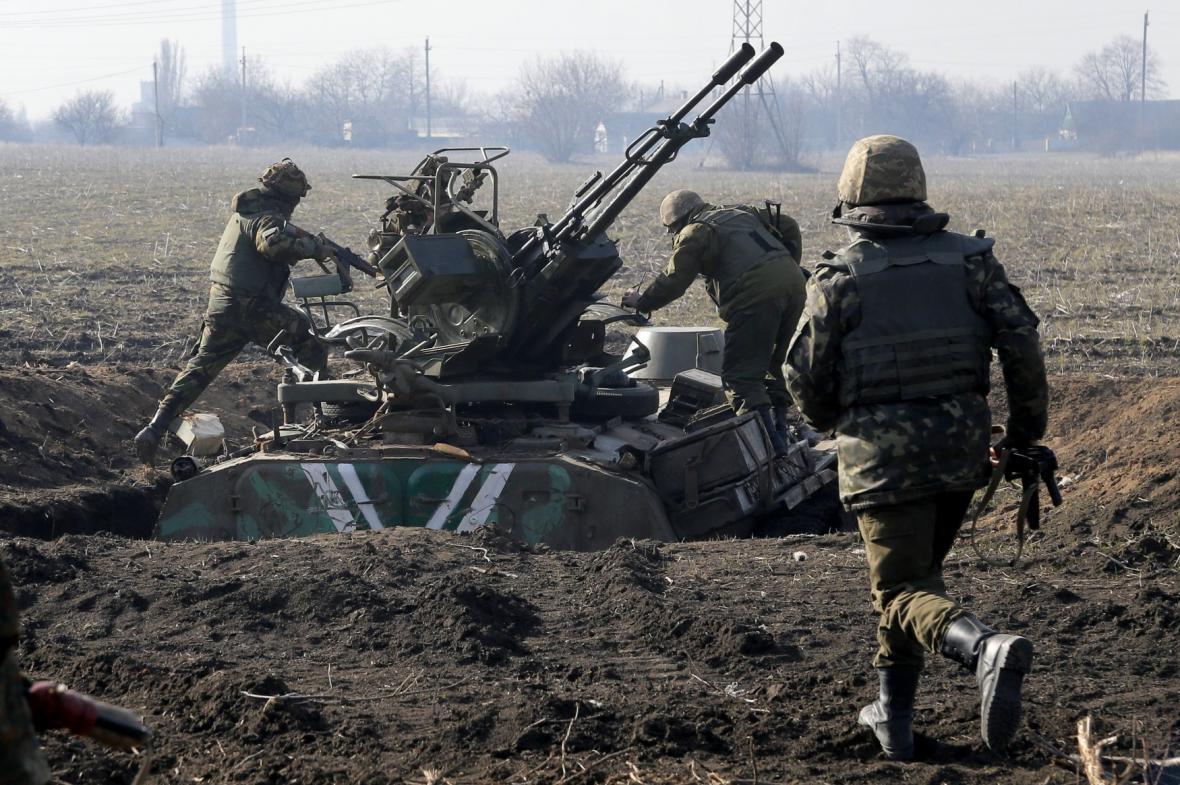 Ukrajinské jednotky u Mariupolu