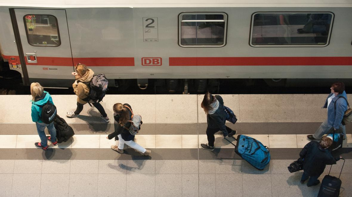 Osobní vlaky postihne stávka od středečních 02:00
