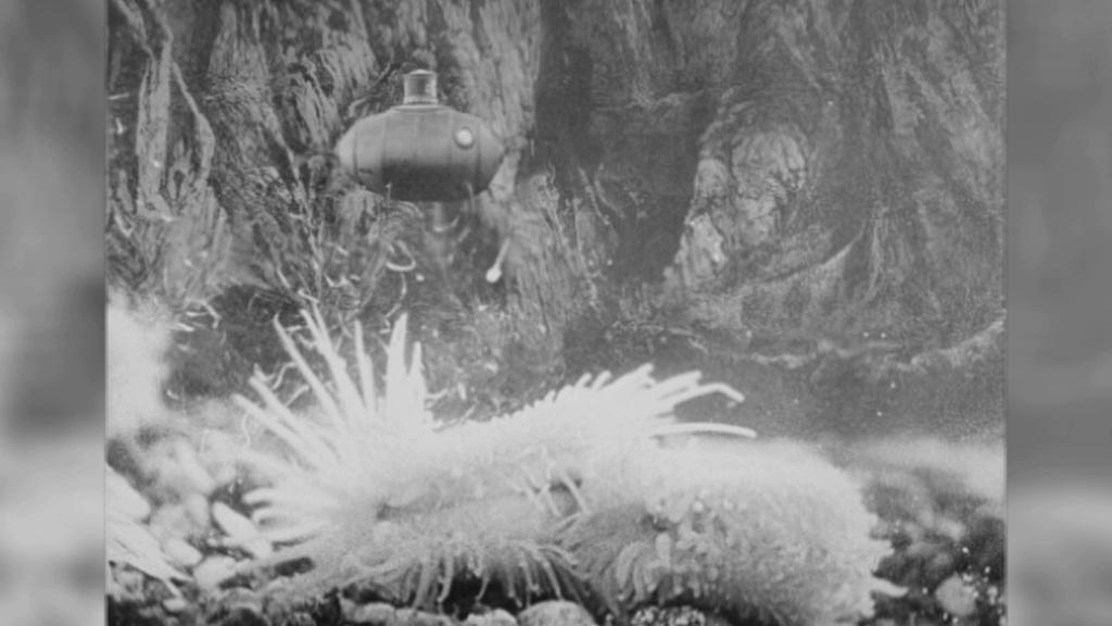 Záběr z filmu Vynález zkázy
