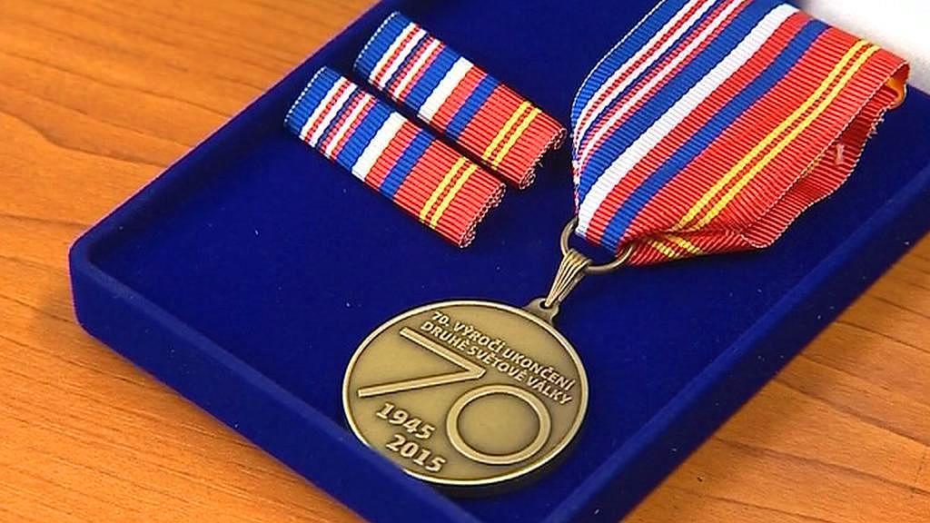 Pamětní medaile k 70. výročí ukončení druhé světové války