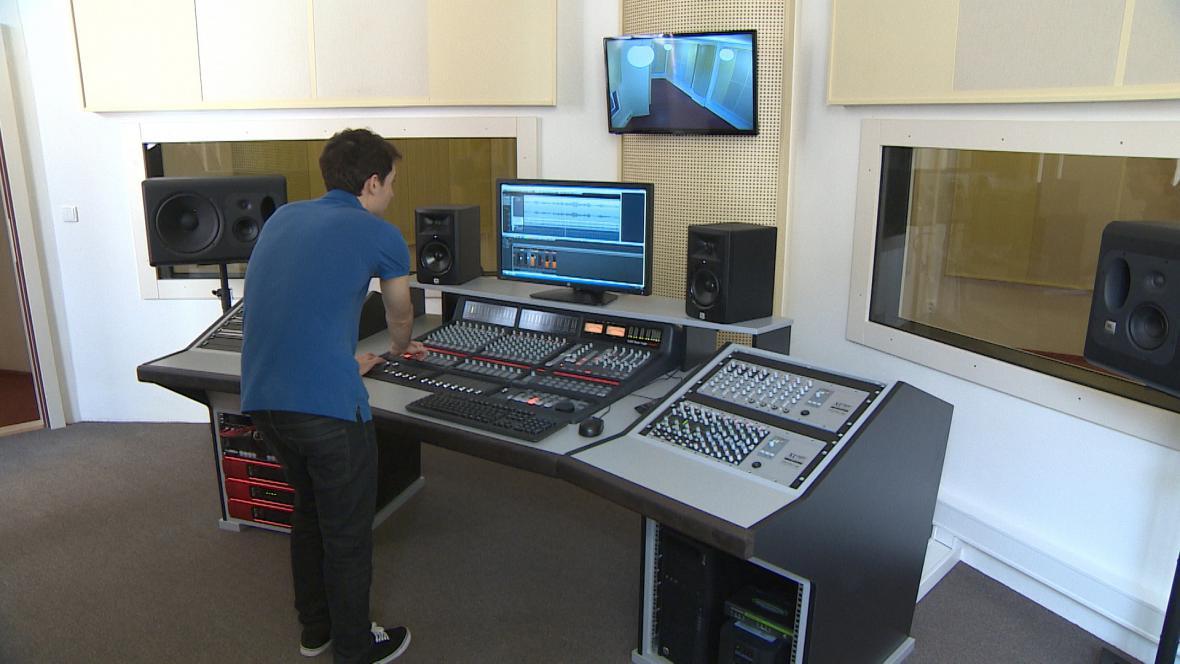 Nahrávací studio v klášteře