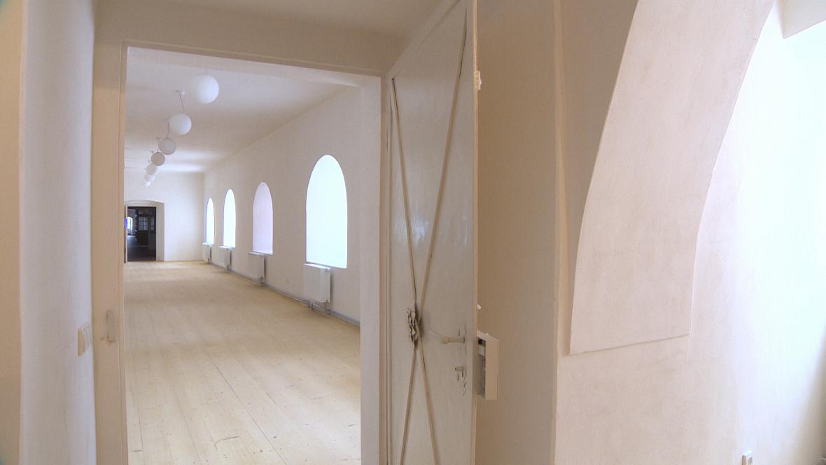 Chodba v broumovském klášteře po rekonstrukci