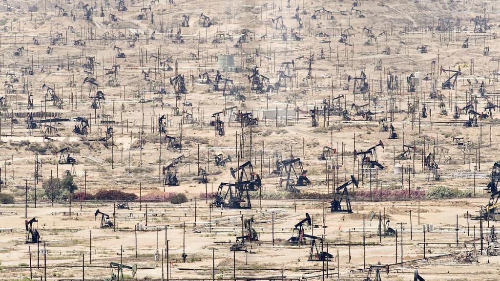 Ken River v USA - ropné pole se mění v les čerpadel