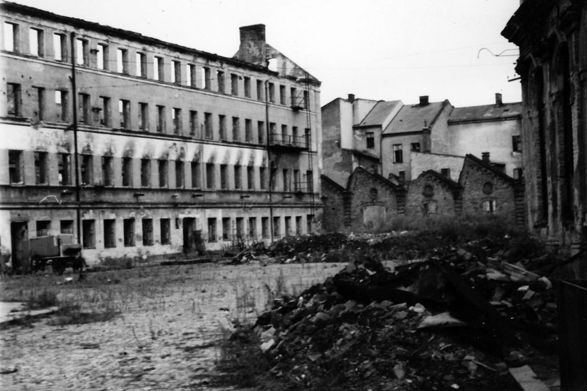 Výstava Mrtvé město - Opava 1945
