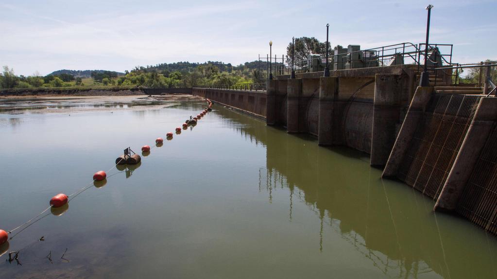 Řada říčních nádrží citelně poklesla