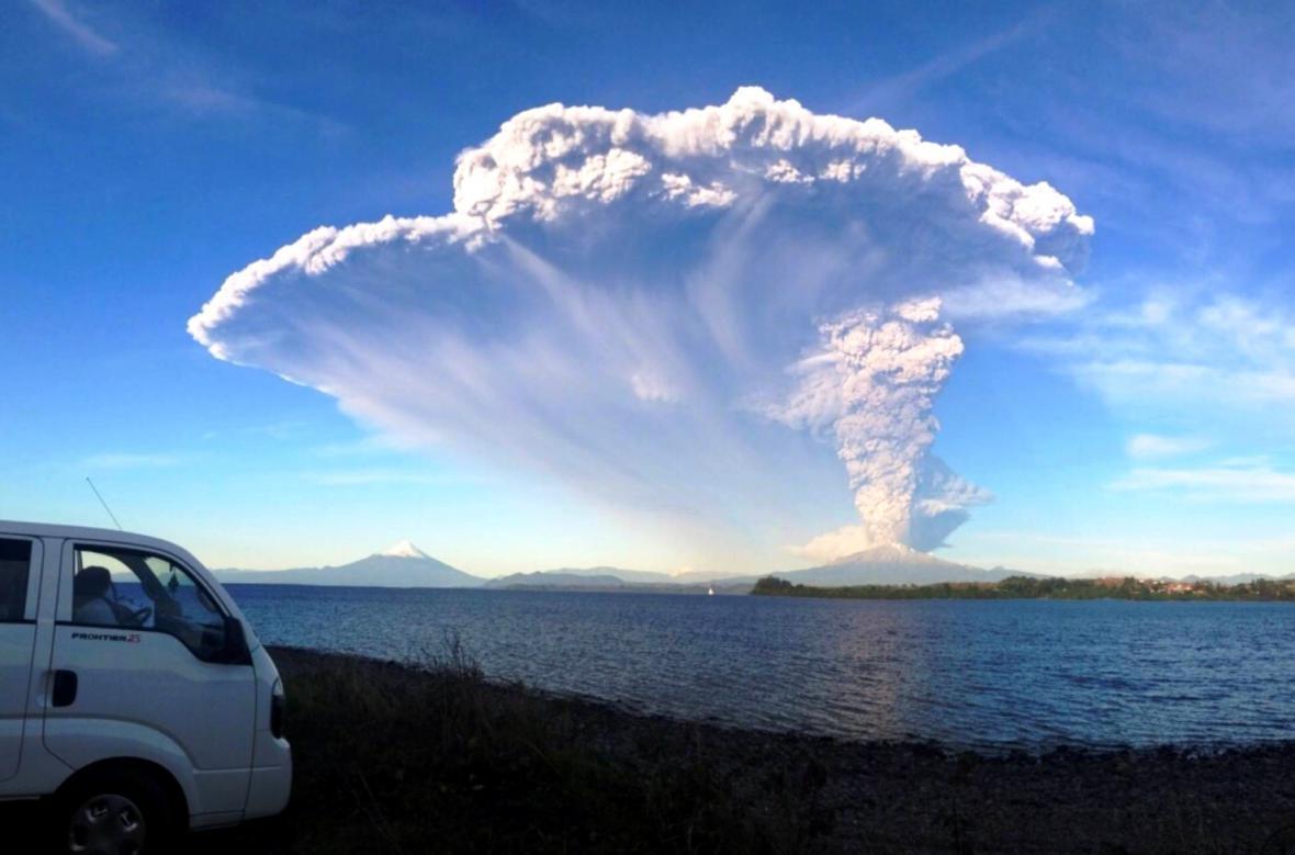 Výbuch chilské sopky Calbuco