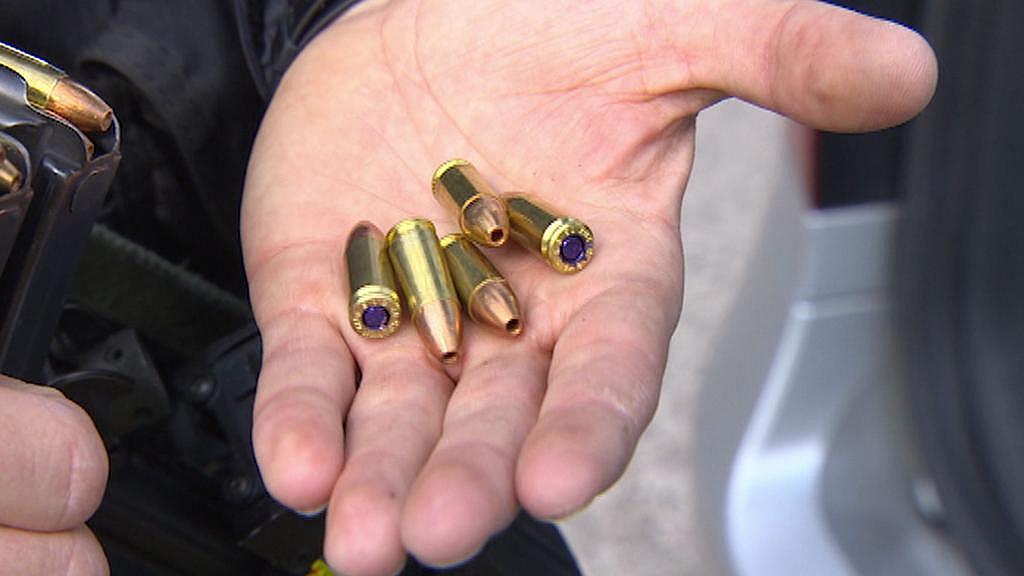 Samopal používá náboje ráže 9 mm