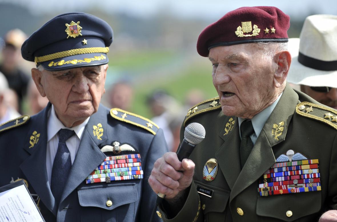 Veterání Emil Boček (vlevo) a Jaroslav Klemeš