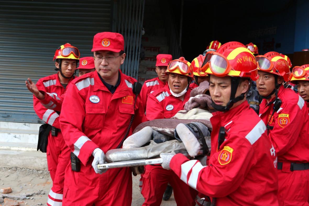 Záchranáři v Nepálu